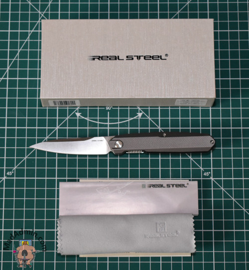Real Steel G5 Metamorph Compact doboz